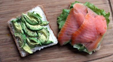 Lachs-Sandwich mit Avocado
